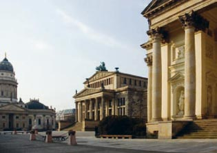 fellini residences luxury apartments in berlin  best real estate  the top property - gendarmenmarkt.jpg